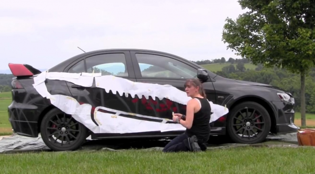 Graffiti-Kunst am Mitsubishi Evo
