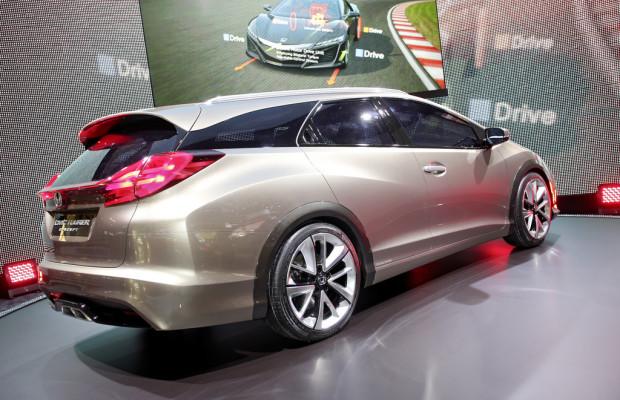IAA 2013: Honda Civic Tourer mit adaptivem Fahrwerk