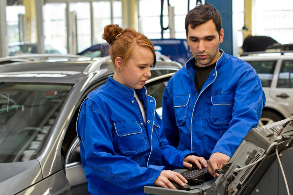 Kfz-Mechatroniker: Ausbildung erhält neue Lerninhalte