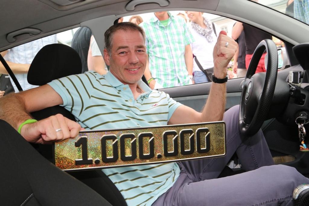 Kirchhoffs Fahrt, um die Million voll zu machen, führt nach Mladá Boleslav, der Wiege des Fabia und den Stammsitz Skodas