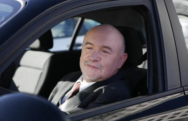 Kostenloser Ratgeber: ''Sicher Auto fahren im Alter''