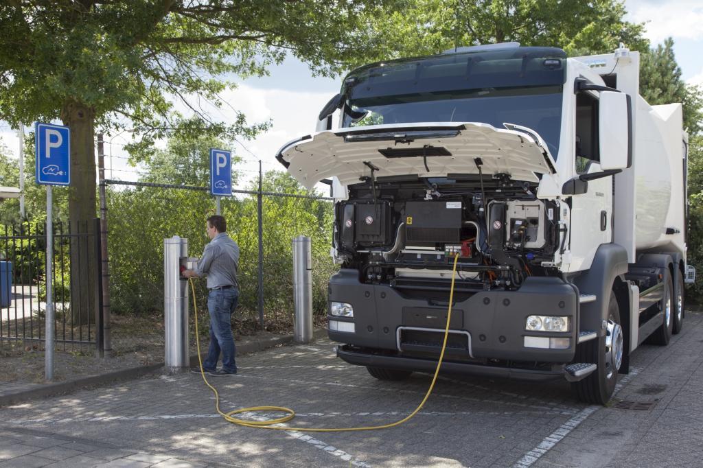 Lkw ohne Emissionen - Tonnenschwere Leisetreter