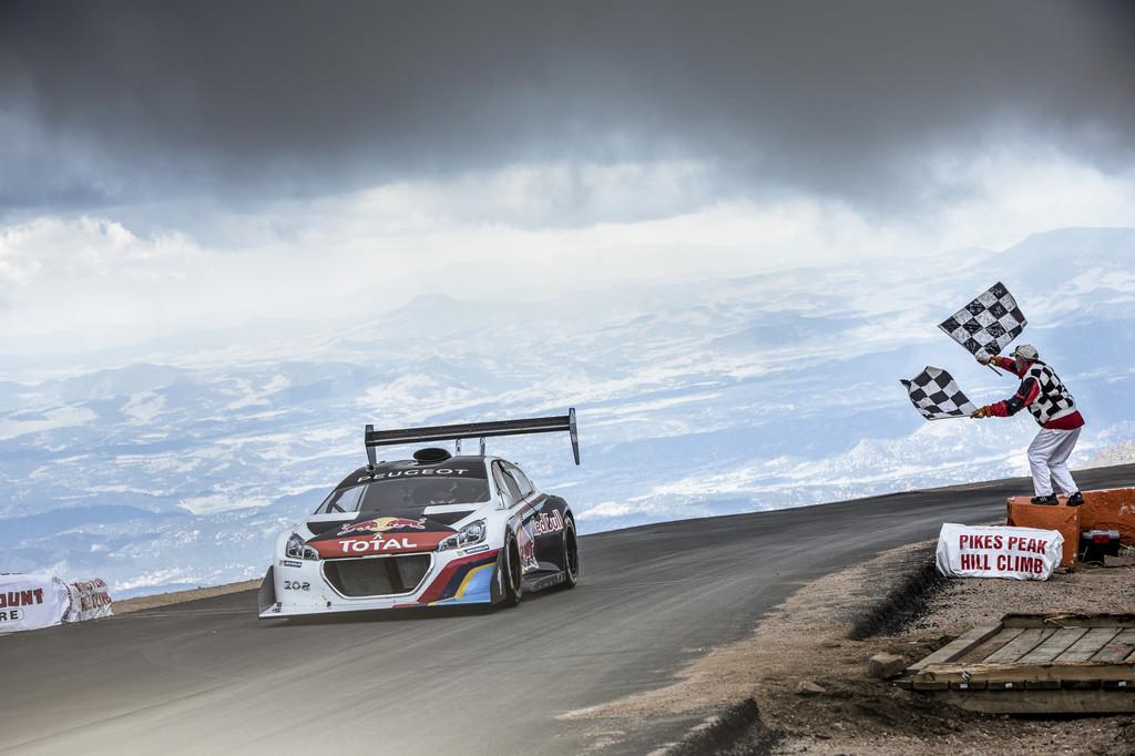 Loeb unterbietet Pikes-Peak-Weltrekord um 1,30 Minuten