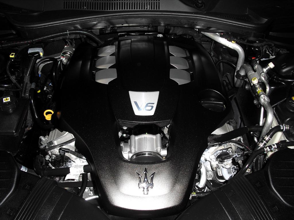 Maserati Ghibli: Blick unter die Haube. Drei Sechszylinder stehen zur Wahl.