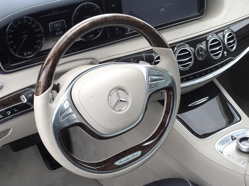 Mercedes S-Klasse: Blick ins genauso noble wie funktionelle Cockpit.