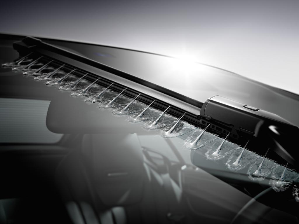 Mercedes integriert die Wischwasserdüsen in die Wischer