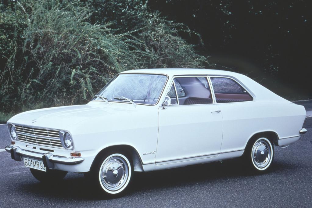 Opel Monza-Concept:Coupé-Tradition für den Weg in die Zukunft