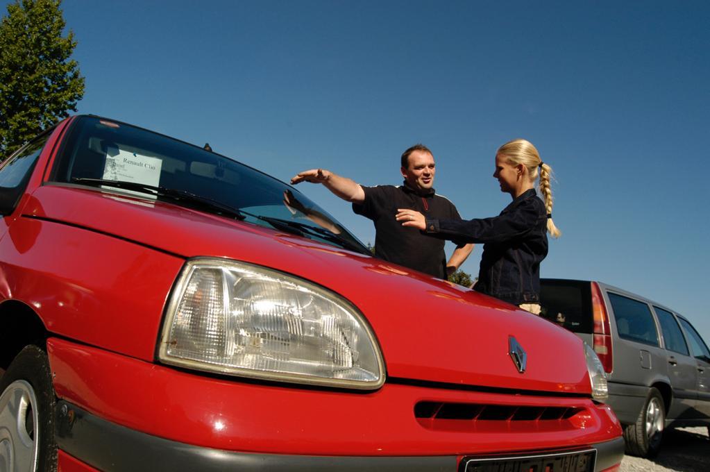 Pkw-Gebrauchtwagenmarkt im Juni schwächer