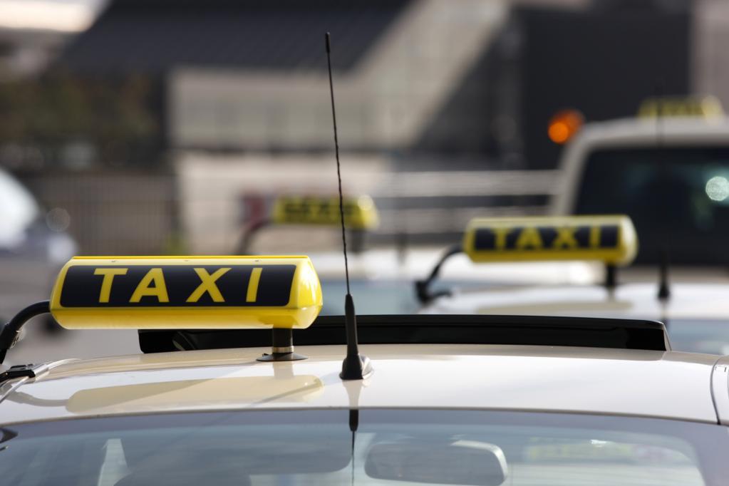 Polizei in Moskau beschlagnahmt illegale Taxis