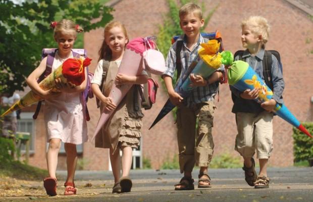 Ratgeber sicherer Schulweg - Rechtzeitig üben