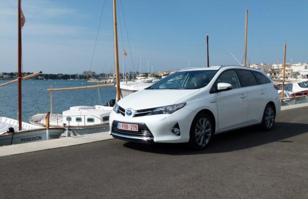 Toyota Auris Touring Sports Hybrid - Kompakter Kombi, der elektrisiert