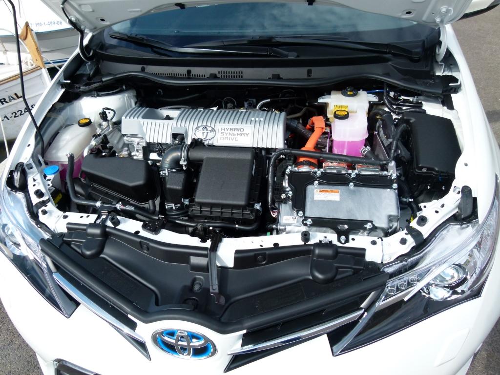 Toyota Auris Touring Sports Hybrid - Kompakter Kombi der elektrisiert