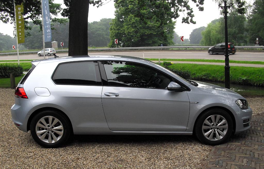 VW Golf Bluemotion: Und so sieht das zweitürige Kompaktmodell von der Seite aus.