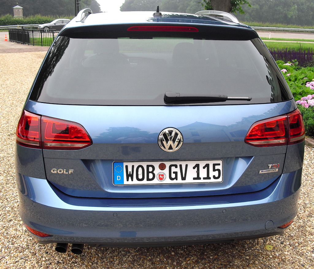 VW Golf Variant: Blick auf die Heckpartie.