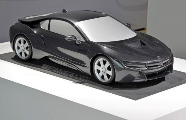 BMW i8 Enthüllt: Maßstabgetreues Modell zeigt Serienversion des Hybrid-Sportlers
