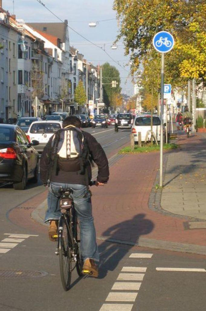 Berliner Behörde nimmt Schilderstreit bewusst in Kauf