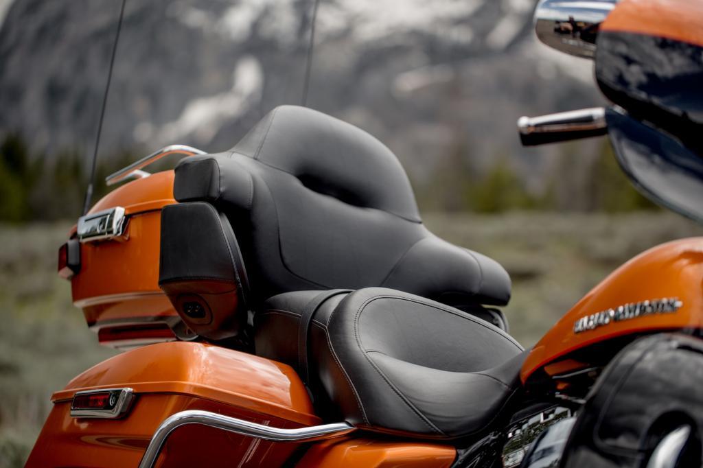 Best in class-Sitzkomfort für den Beifahrer beansprucht Harley für die Electra Glide Ultra Limited