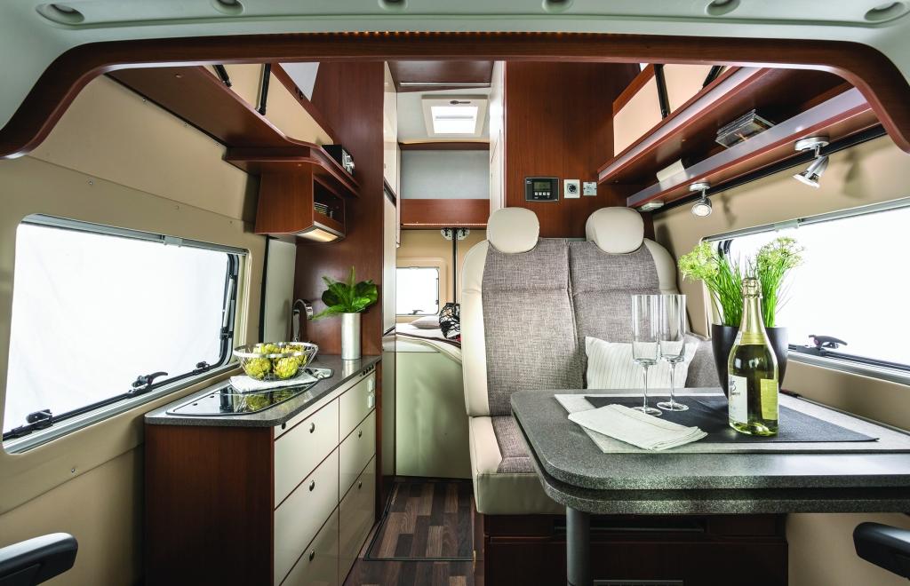 Caravan Salon Düsseldorf 2013: BavariaCamp zeigt neue Baureihen Primeur und Superior