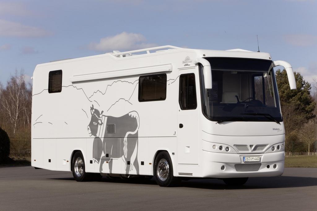 Caravan Salon Düsseldorf 2013: Vario zeigt Perfect 1100 SH mit Vollausstattung, ausfahrbarem Erker und Pkw-Garage