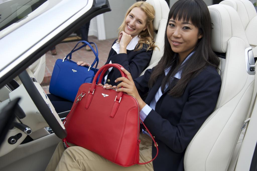 Damit die Gattinnen der Bentleyfahrer noch mehr Spaß an der noblen Marke verspüren, verkaufen die Briten ab sofort auch äußerst edle Handtaschen an die anspruchsvolle Kundschaft.