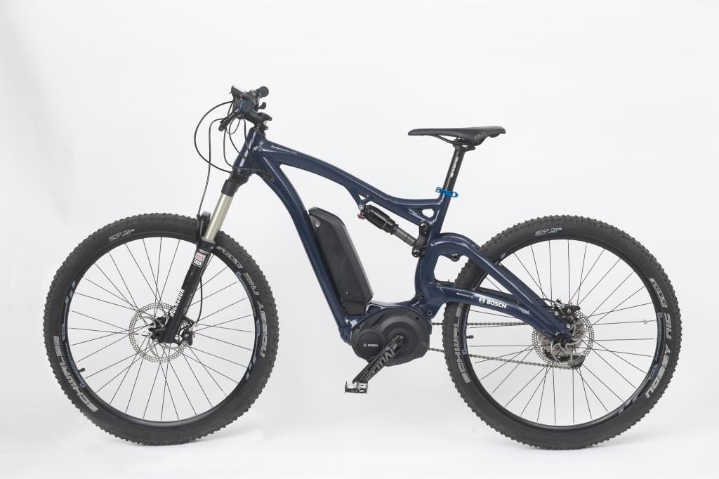 Der ebenfalls mit der Bosch-Sensorentechnik ausgerüstete Antrieb Performance Line ist in erster Linie für den sportlich ambitionierten E-Biker gedacht.