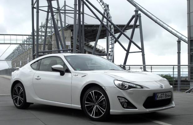 Fahrspaß bei Toyota: Schwerpunkt niedriger und sportlicher sitzen