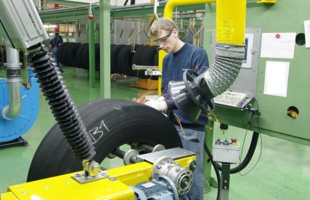 Goodyear Dunlop runderneuert kundeneigene Lkw-Reifen