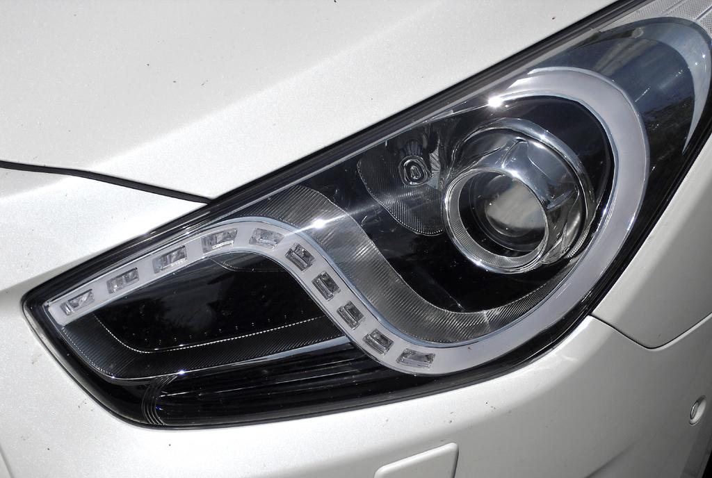 Hyundai i40: Moderne Leuchteinheit vorn.