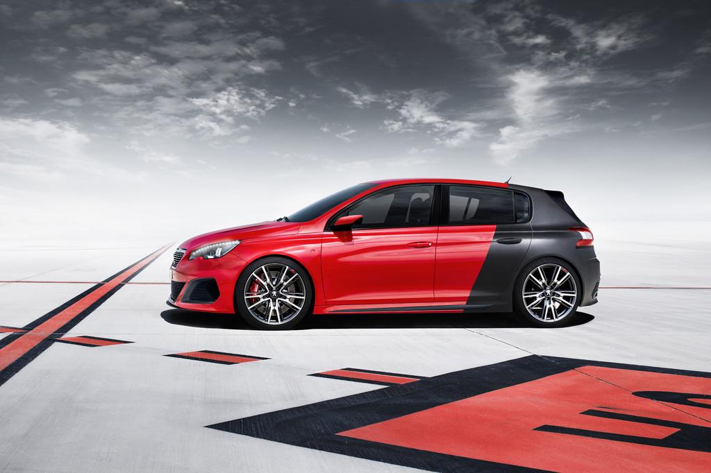 IAA 2013: Peugeot 308 drängt sich zwischen GTI und Golf R