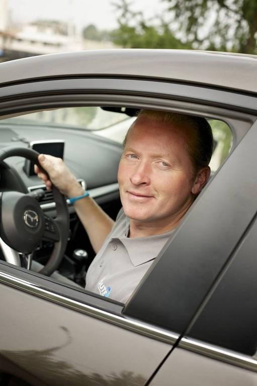 Joey Kelly mit Mazda3 in Russland