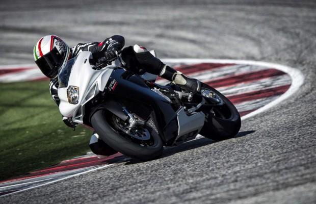 MV Agusta F3 800: Drei Zylinder im Sportlertrimm