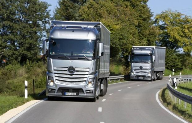 Mercedes-Benz qualifiziert 45 000 Lkw-Fahrer