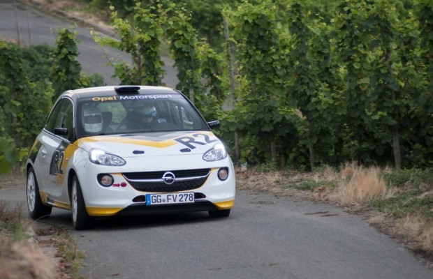 Opel Adam in der Rally: Driften wie die Weltmeister