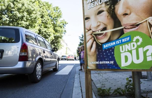Parteienwerbung im Straßenverkehr - Vorsicht Wahlplakate!
