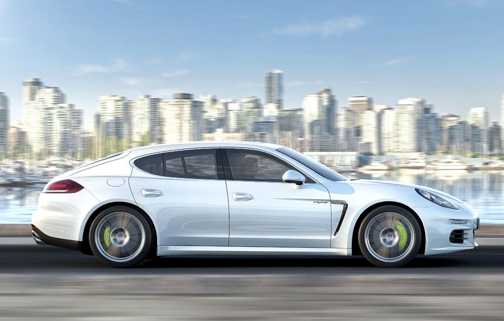 Porsche Panamera Hybrid: Und so sieht der Fünf-Meter-Wagen von der Seite aus.