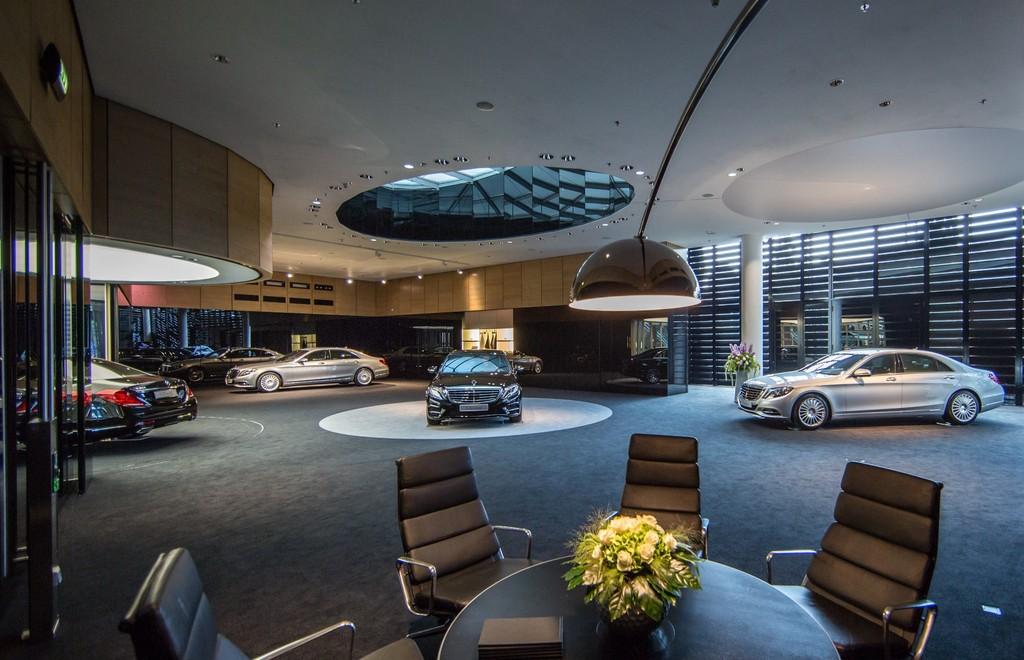 S-Klasse-Lounge bei Mercedes-Benz in München