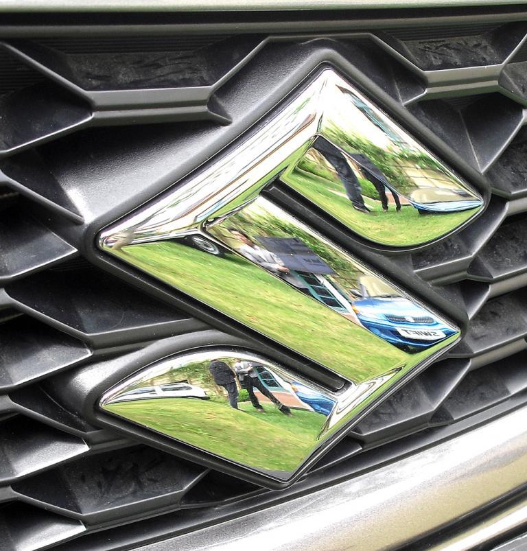 Suzuki Swift Sport: Blick unter die Haube auf den 1,6-Liter-Benziner mit 100/136 kW/PS.
