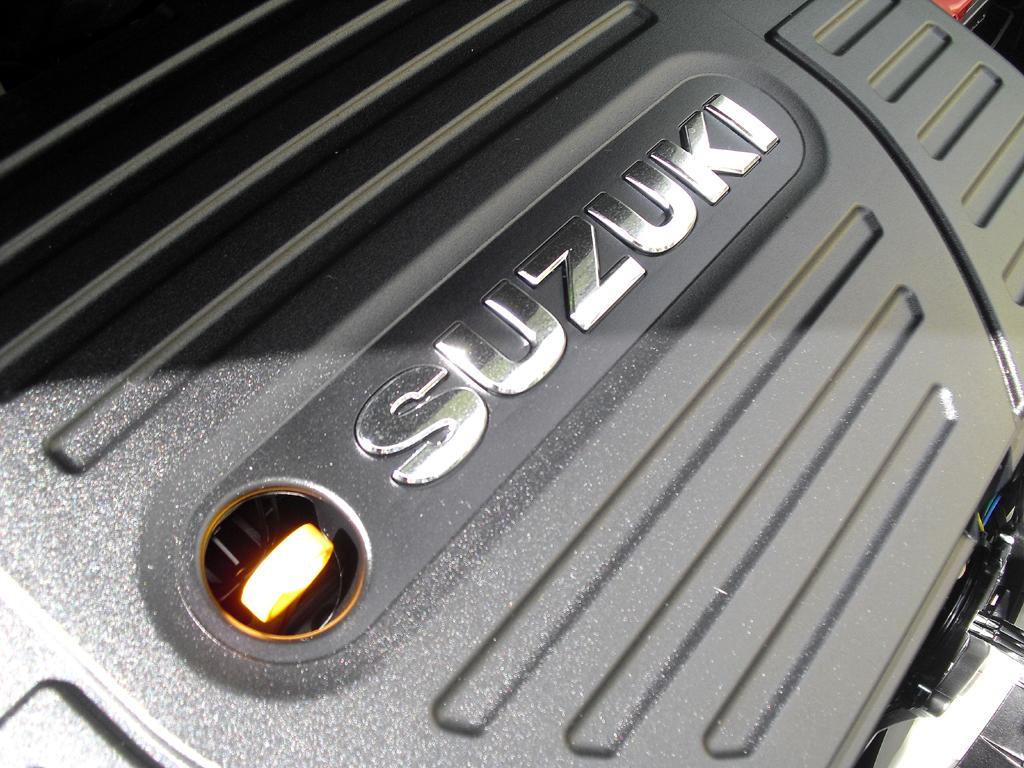 Suzuki Swift Sport: Moderne Bi-Xenon-Leuchteinheit vorn.