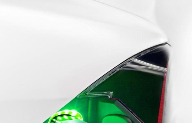 Tesla-Fahrer laden beim Stop in Norwegen kostenfrei