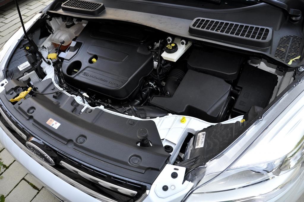 Test Ford Kuga 2.0 TDCi 4x4 Powershift Titanium: Durstiges Familienauto