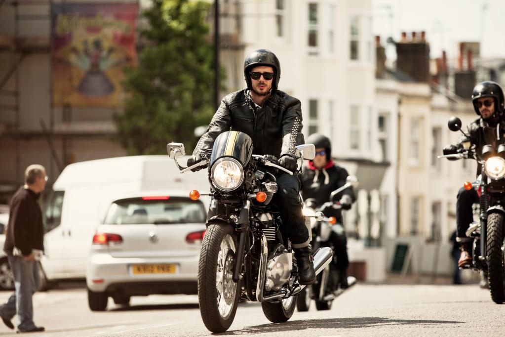 Triumph überarbeitet klassische Naked-Bikes