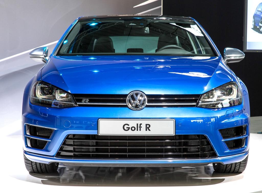 VW Golf R: Blick auf die Frontpartie.