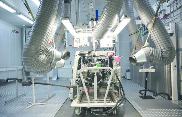 Volkswagen nimmt neues Motorenwerk in China in Betrieb