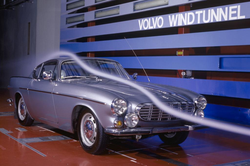 Volvo 1800S im Windkanal