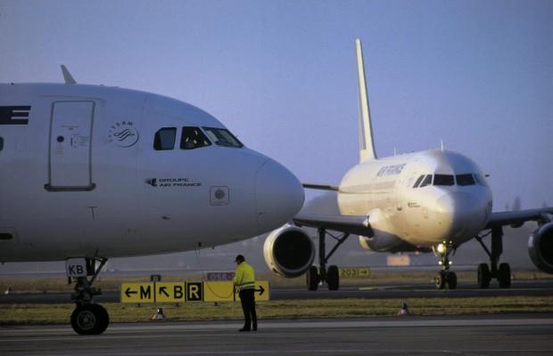 Weniger Flugreisende im ersten Halbjahr 2013