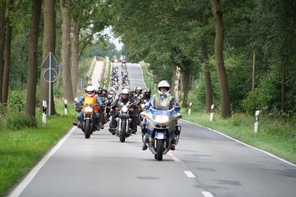 Zehnte Motorrad-Sternfahrt: Biker touren nach Berlin