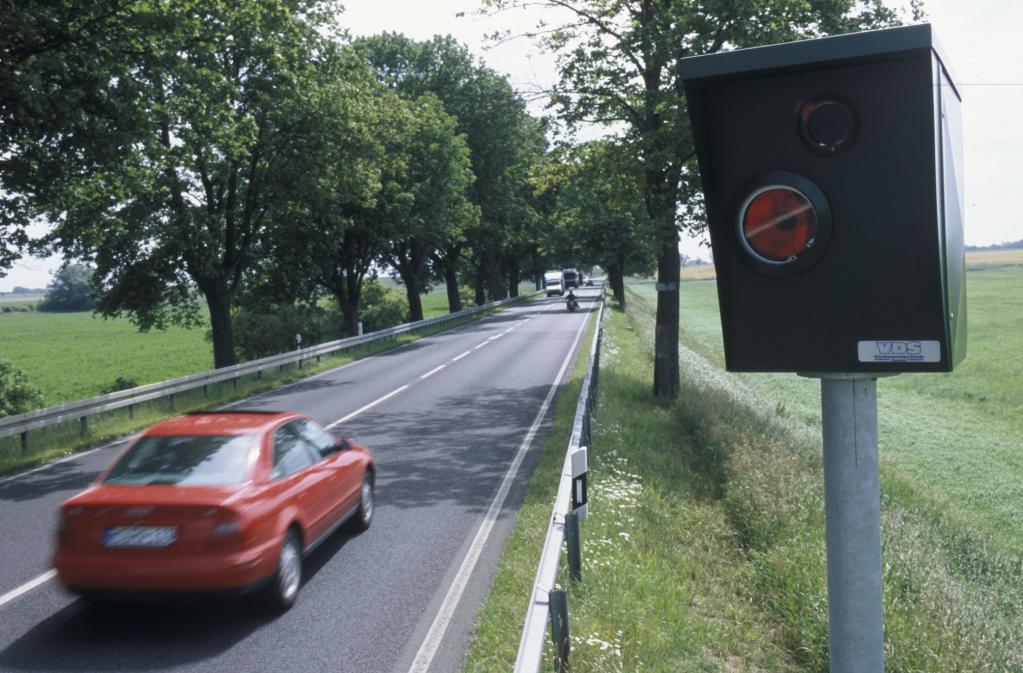 Aggressive Autofahrer signalisieren