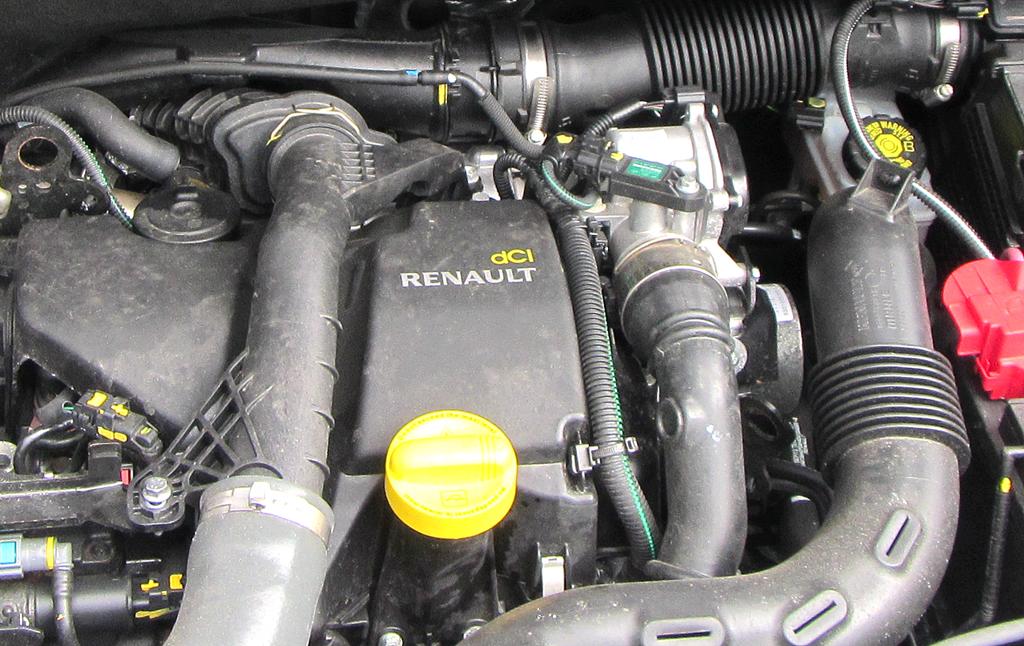 Dacia Lodgy: Blick unter die Haube auf den 1,5-Liter-Selbstzünder.