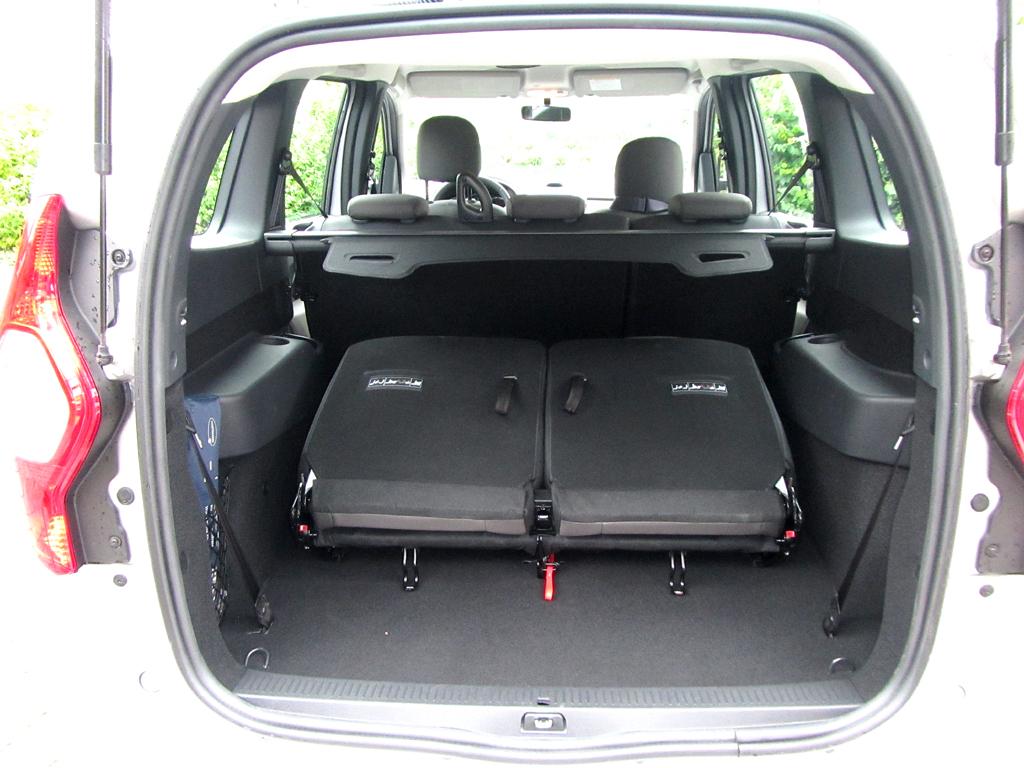 Dacia Lodgy: Das Gepäckabteil fasst 207, als Fünfsitzer 827 bis 2617 Liter.