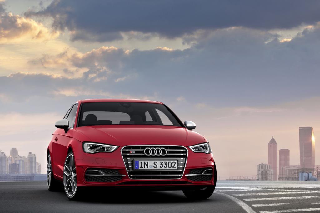 Der Audi S3 ist mit 300 PS recht bescheiden - es wird wohl aber auch wieder eine extra starke RS-Version geben